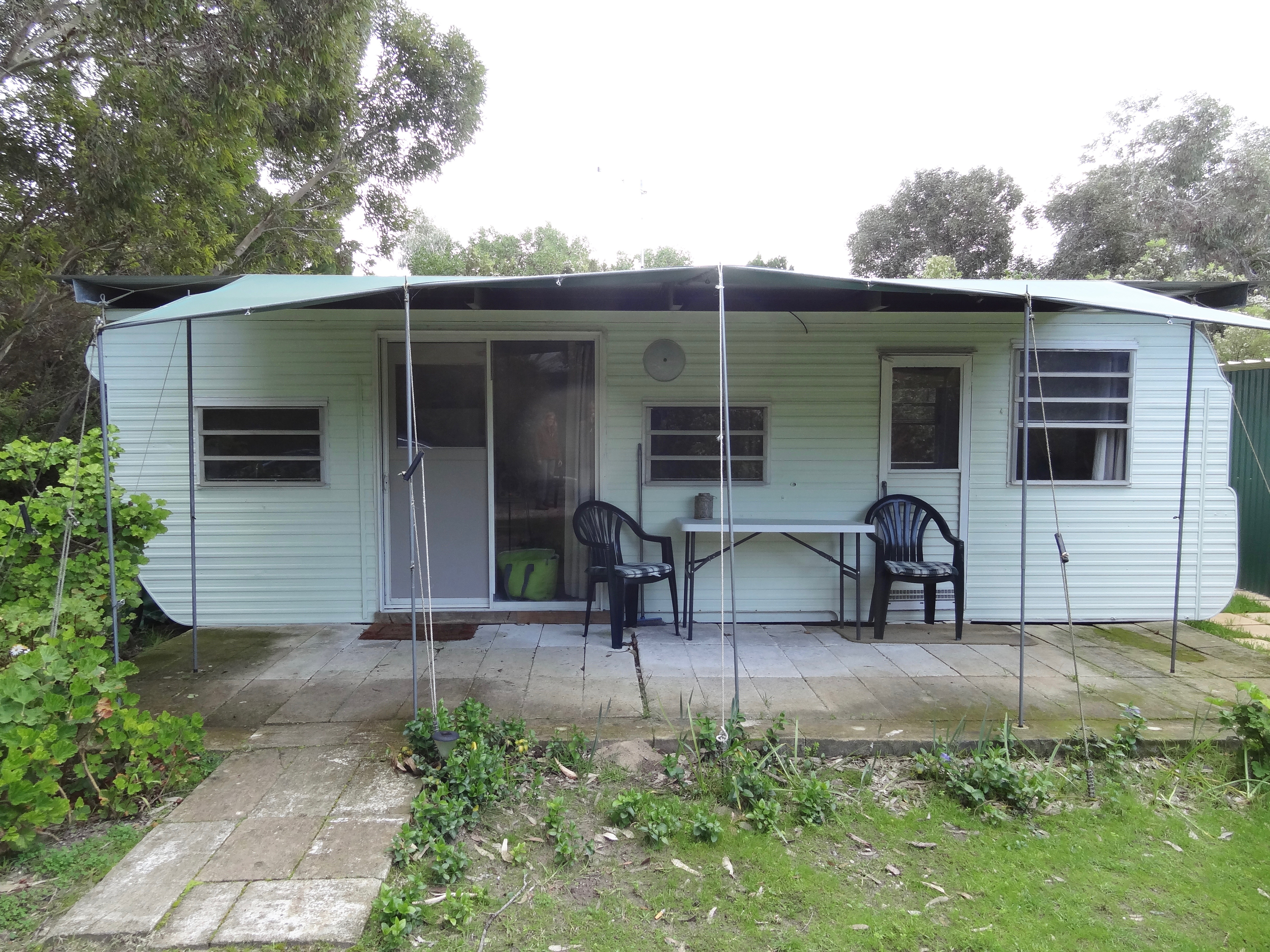 Wombat Lodge Hire Caravan